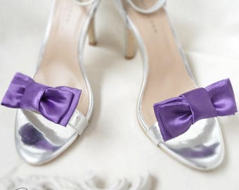 Retro purple wedding bow shoe clips customizable