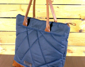 Waxed Canvas tote bag, Travel bag, canvas tote, blue Navy Waxed bag, hand-padded bag, shopping bag, Tote bag with leather, zipper bag.