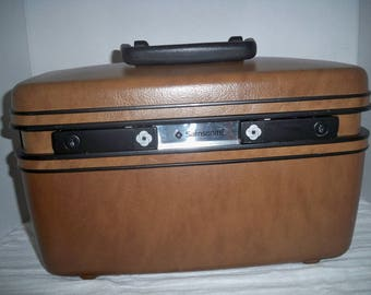 Samsonite traincase, vintage Samsonite over night bag, traincase, makeup bag, carry on