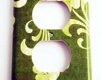 Switch Plate Light Switch Cover  Wall Decor Switch Plate  Outlet  Plate  in Grace (146O)