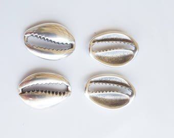 4 cowrie beads silver-plated 19x14mm