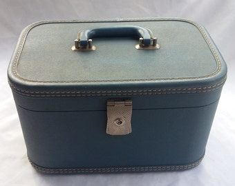 Vintage Blue Train Case Travel Make Up Container
