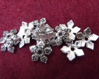 Antiqued tibetan  silver star bead cap   5mm