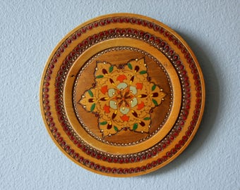 Hand Carved and Painted Vintage Bavarian Folk Art Plate Set Wall Hanging