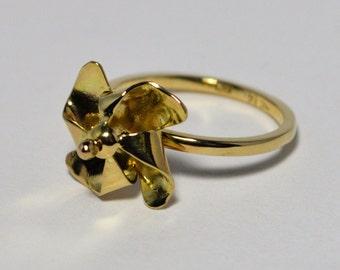 14k Pinwheel Ring