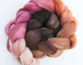 "Ombre Gradient Superwash Merino Wool Spinning Fiber, 4 oz, ""Peppercorn"""