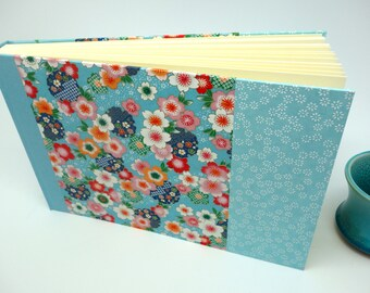 "Photo album with Japanese paper ""Blue Kimono"" - guestbook for wedding, birthday..."