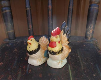 Hen and Rooster Salt and Pepper Shakers, Pair of Chicken Shakers 40's