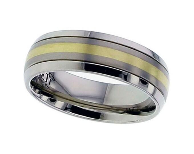 Titanium Court Shaped 7mm Wedding Ring With 18ct Yellow Gold Stripe - SIZE U