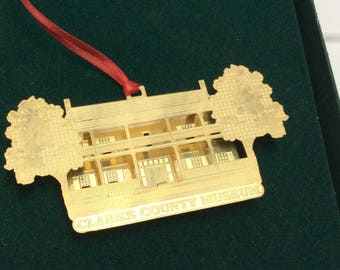 Vintage Clarke County Museum Ornament, Alabama,  3D , Gold Plated, Christmas ornaments, Collectibles, Museum