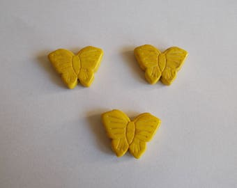1 set of 3 pearls narturelles howlite Butterfly shape