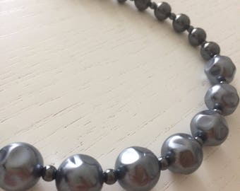 Anthracite necklace