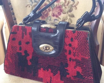 Vintage 1950s 1960s Handbag Purse Carpet/Vinyl/Velvet-Feel Red And Black Three Compartments Double Handles