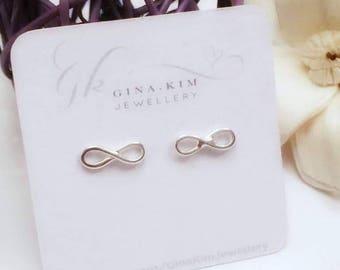 Infinity earrings, infinity stud earrings, figure of eight earrings, silver earrings, infinity jewelry, eternal love earrings, infinity gift