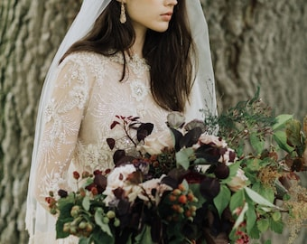 Anna - Romantic Golden Chantilly Lace Drop Veil