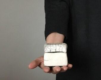 "Box ""Lace"" Raku ceramic"