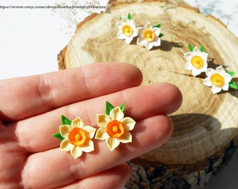 Stud Earrings Daffodils White yellow narcissus Jewelry spring White daffodil earrings Spring flowers Narcissus earrings Spring clay flowers