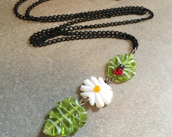 Mothers day gift idea lampework glass daisy and green leaves handmade long necklace, gift for mom, gift for her,bridesmaids gift