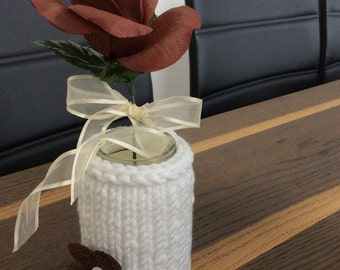 Knitted vase, knitted jar, knitted jar cover