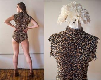 Vintage 1970s Leopard Print Snap Turtleneck Bodysuit - Le Voy's - Size L