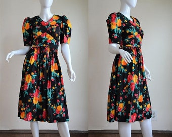 SUMMER SOLSTIC SALE The Best 80s Does the 40s Cotton Black Floral Dress Bust 35""