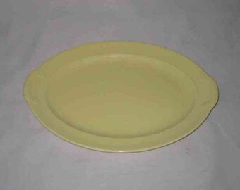 """Neat Vintage 8 1/2"""" X 12"""" LuRay Taylor Smith Taylor Yellow Platter"""