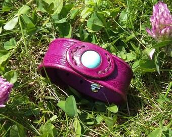 Little purple leather with turquoise magnesite bracelet
