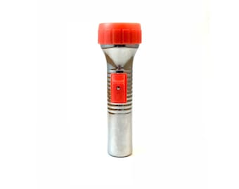 FLASHLIGHT  //  Vintage chrome metal and red plastic battery operated flashlight