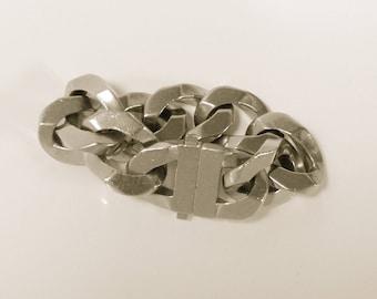 Chunky GIVENCHY Chain Link Bracelet
