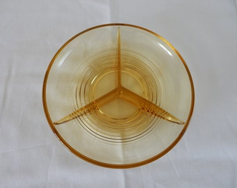 Glass serving dish, ochre yellow