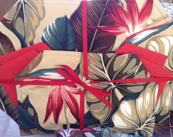 Tropical red bird of paradise with fern Placemats