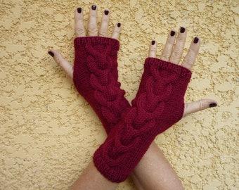 Fingerless gloves Burgundy wool - hand knitted Garnet - Irish twisted stitch top