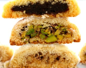 Ma'amoul or Shortbread, Dates, Pistachios or Walnuts, 15 pcs, Topped w/Icing Sugar, Made-to-Order, Buttery & Sweet