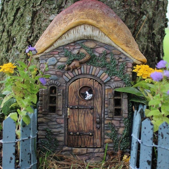 Kittens Corner Fairy Door for the Fairy Garden