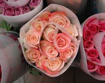 Photo Note Card / Bunch of Roses at Market
