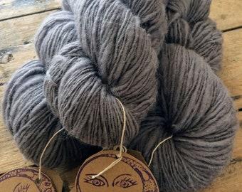 Stone Grey Yarn : Ethical South Down Wool