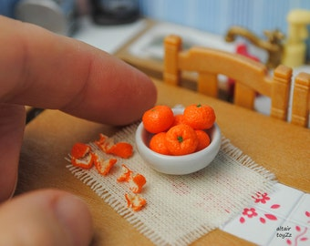 7 tangerines with the shell, scale 1:6, polymer clay/Fimo, miniature food, Doll House