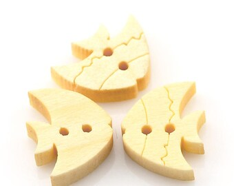 buttons 10 wood shaped fish - 13 x 10 mm - 2 holes - light wood
