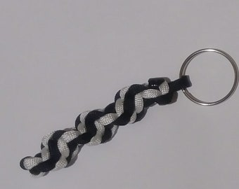 Paracord keychain, keychain, spiral keychain, paracord spiral keychain, two color Paracord keychain, DNA paracord keychain, DNA keychain