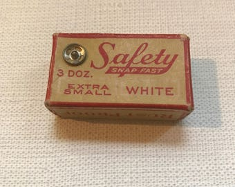 Tiny  Box of Vintage Safety Snaps Fast Snaps with Snaps Inside