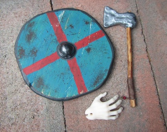 Viking axe and shield props for BJDs