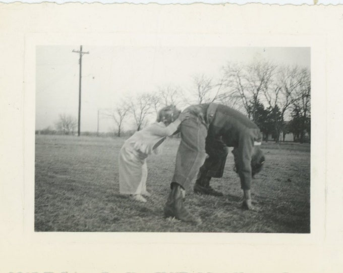 Vintage Snapshot Photo: Point of View, 1939 [85676]