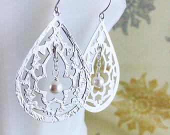 Silver Teardrop Earrings Bridal Pearl Taj Mahal