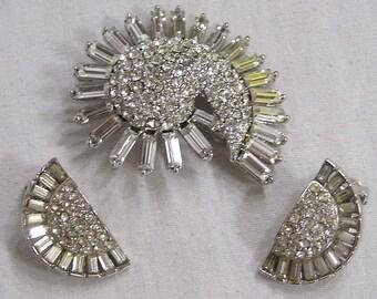 Vintage Jewelry Crescent Shaped Brooch Earrings Demi Parure Rhinestones Baguettes