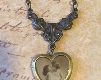 Vintage Locket, Photo Locket, Brass Locket, Heart Locket, Locket Necklace, Gift for Her, Locket Necklace, Gift for Her, Image Photo Locket