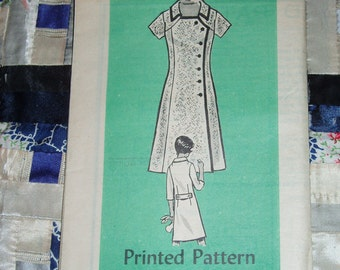 Vintage 1960s Mail Order Designer Pattern 4610 for Misses Dress Sizes 14, Factory Folds