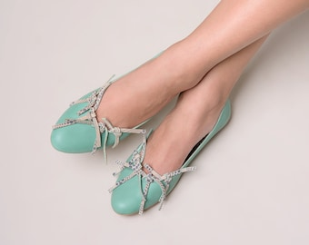 Green flat shoes with knots leather handmade