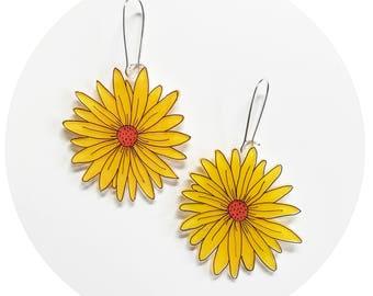 Daisy Drop Earrings - Yellow