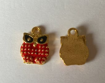Owl: gold plated (nickel) Red enamel