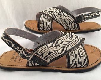 MENS EMBROIDERED HUARACHE sandals with tire sole
